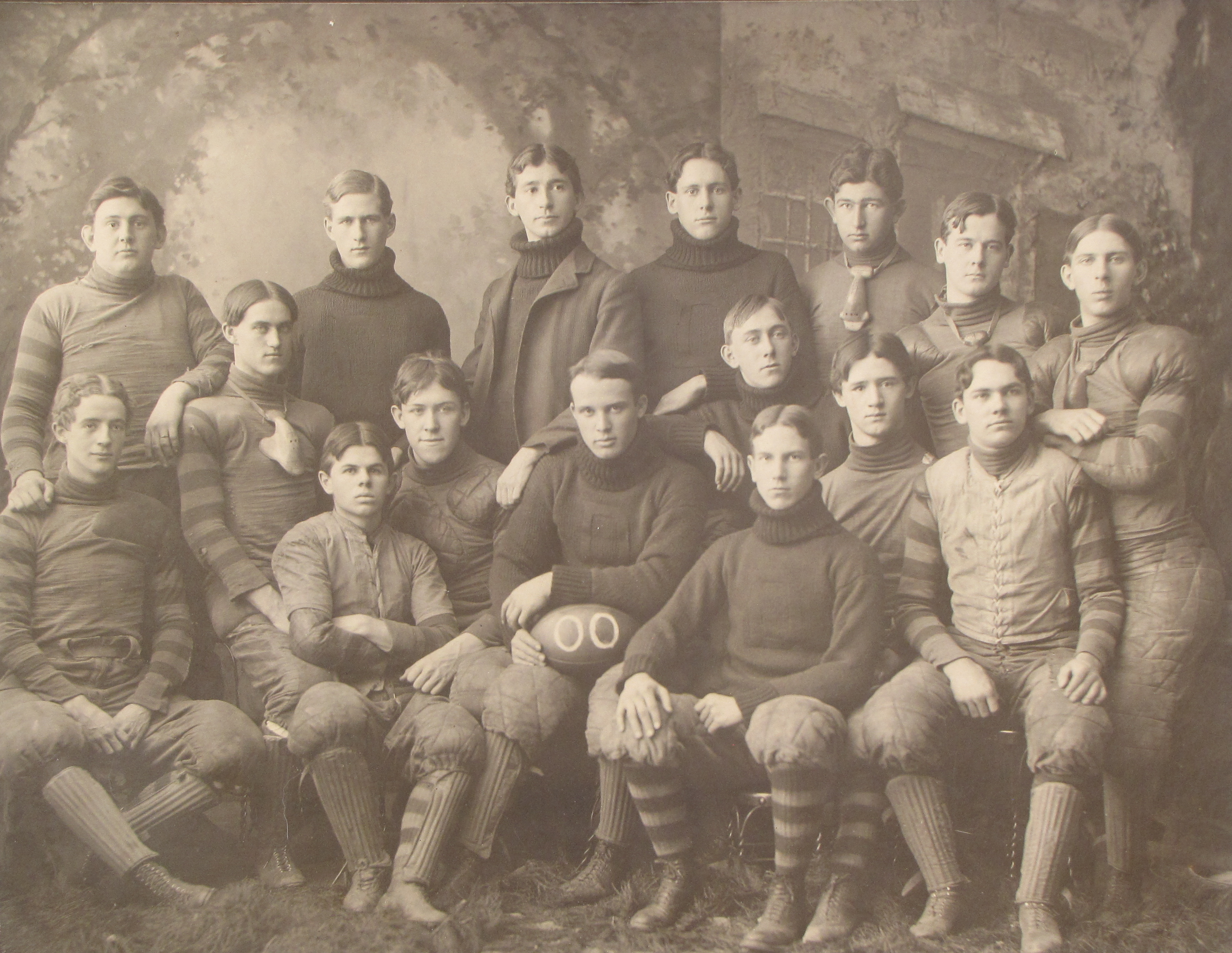 1900 University of Delaware football team, Alger Wheeler Powell front right