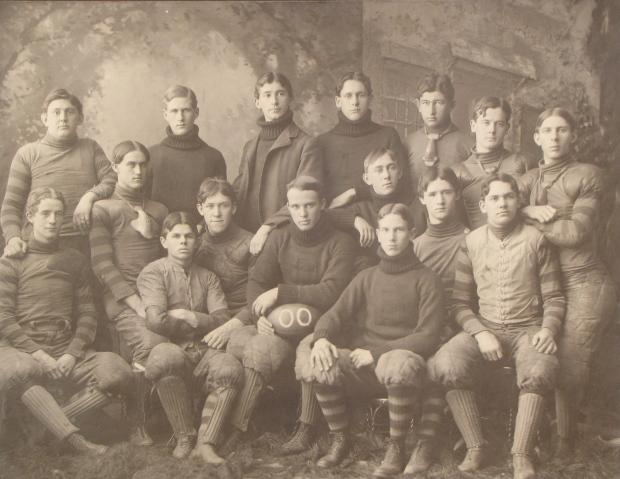 1900 University of Delaware football team, Alger Wheeler Powell front right